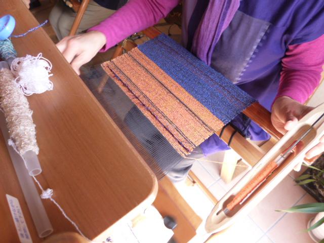 さをり織りって夢中になる。